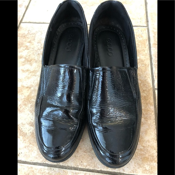 Ecco Shoes | Black Patent Loafers